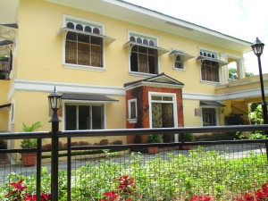 quezon house 2