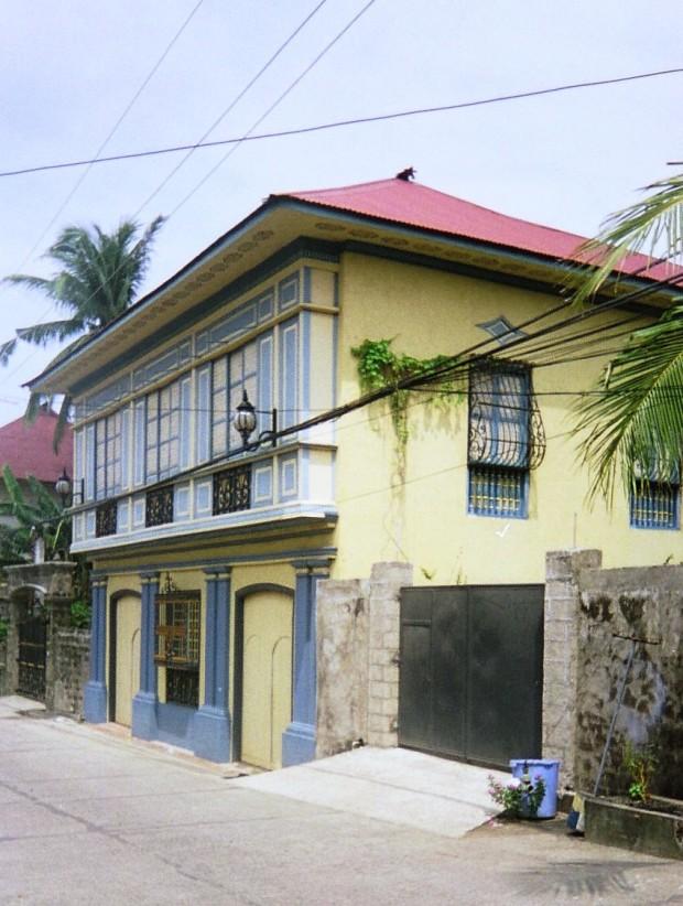Taal House 1