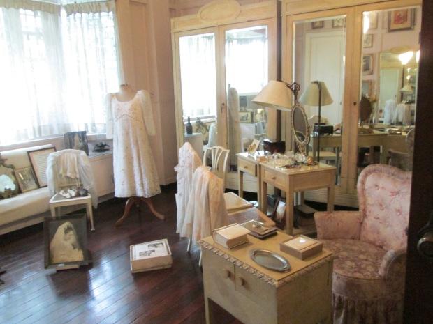 Legarda Home Room