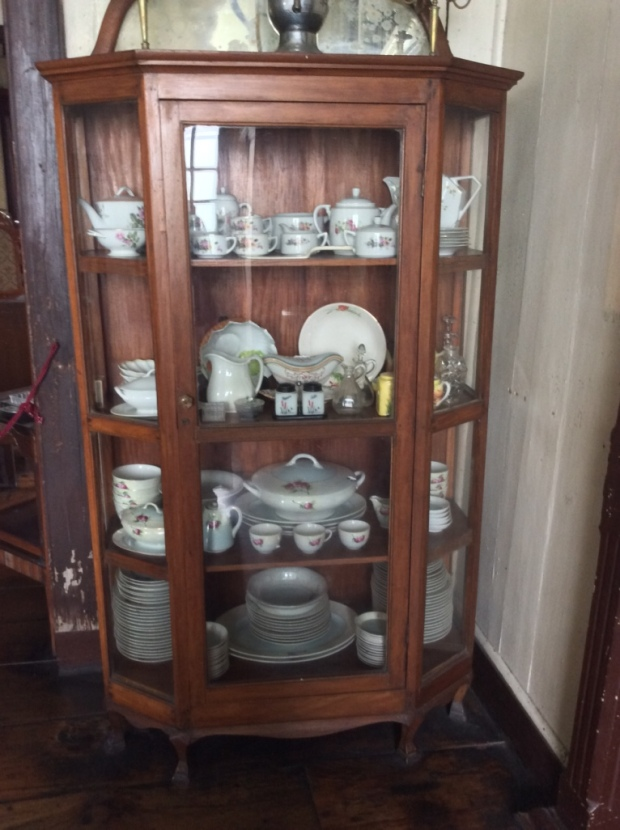 Balay ni Tana Dicang China Cabinet