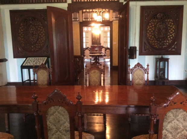 Balay ni Tana Dicang Dining Room-Sala View