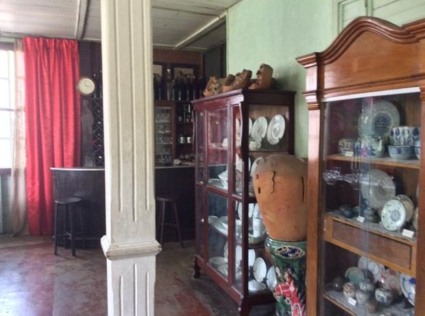 Hofilena House Plateras