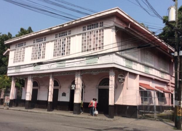 Jalandoni House Front Facade
